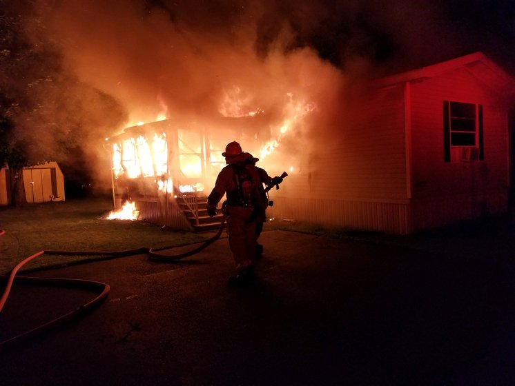 Bath mobile home seriously damaged in early-morning fire