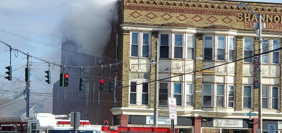 One airlifted from fire on Liberty Street in Bath